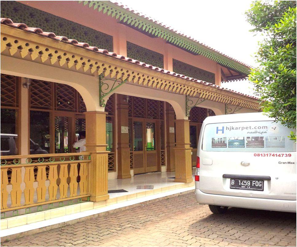 KARPET MASJID AT TAUBAH KAMPUNG BETAWI JAGAKARSA JAKSEL DKI JAKARTA